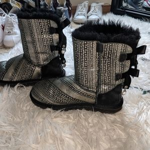 Sparkly UGG Boots with beads hanging on the back🖤